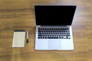 macbook-pro-1050973_1920